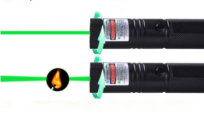 pointeur laser 3000mw vert puissant stylo laser astronomie. Black Bedroom Furniture Sets. Home Design Ideas