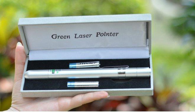 stylo laser rouge 300mw