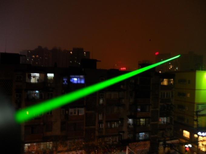 laser plus puissant dans le ciel