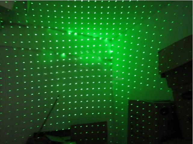 pointeur laser lampe LED