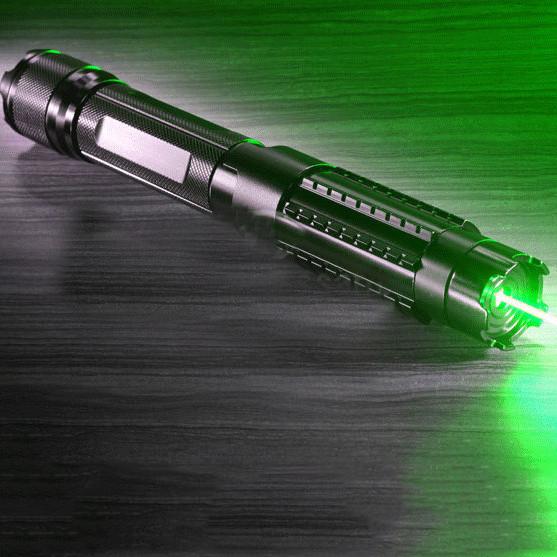 pointeur laser vert 10000mw surpuissant
