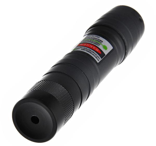 Htpow acheter pointeur vert lampe de poche 200 mw laser categorie 3 for Pointeur laser vert mw