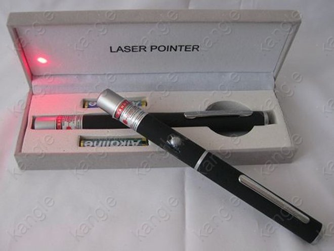 stylo laser puissant rouge 100MW