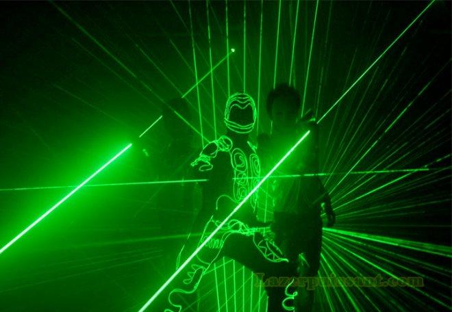 sabre laser vert jouet 50mw